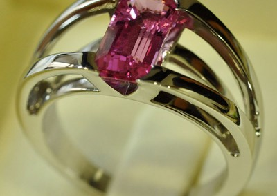 Bague saphir rose or blanc