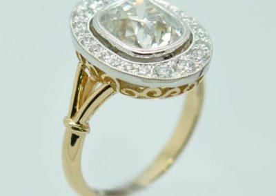 Bague diamant coussin taille ancienne