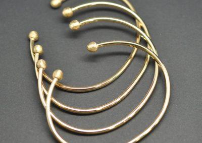 Bracelets or Jaune avec boules brossées