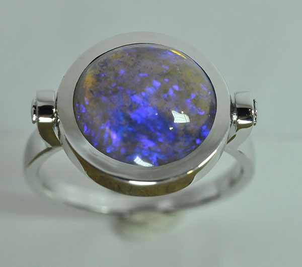 White gold opal reverso ring