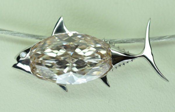 Pendentif poisson or blanc diamant rose