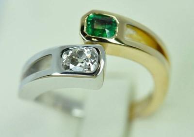 Bague Toi & Moi diamant émeraude or blanc or jaune