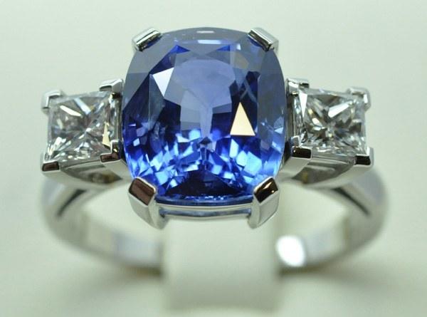 Bague saphir diamants platine