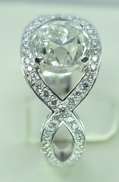 Antique cut diamond cross ring
