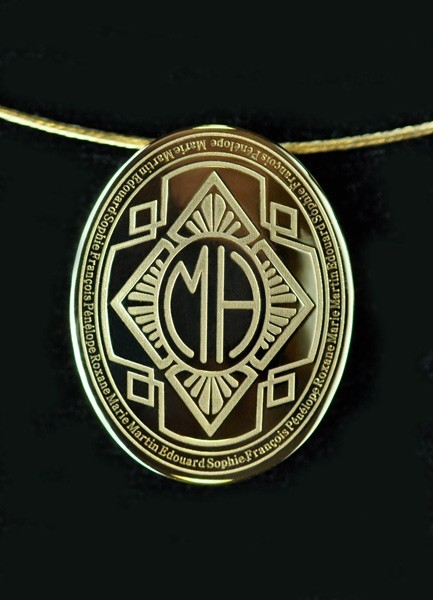 Pendentif or jaune, style année 30