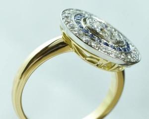 bague diamants saphirs platine or jaune angle 2