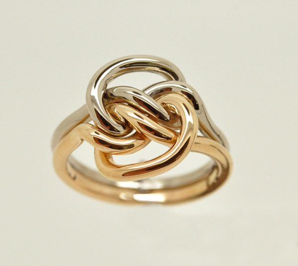 Love ring in the shape of a knot. Rose gold & white gold – 2/2