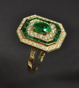 Bague émeraude diamants
