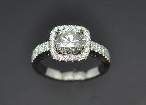 Bague platine diamants