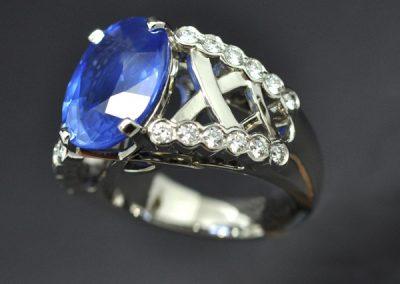 Bague platine saphir diamants