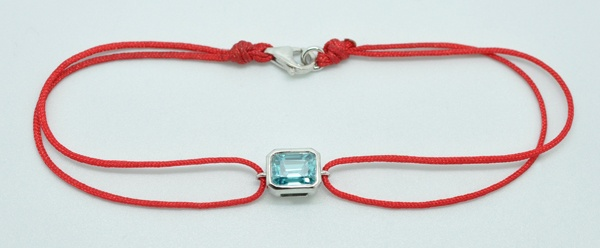Bracelet Zircon naturel monté sur or blanc.