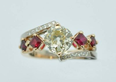 Bague diamant taille ancienne rubis. Or rose & or Blanc