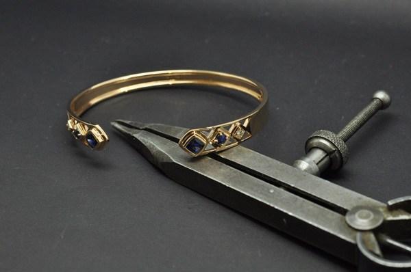 Rose gold sapphire diamond bracelet