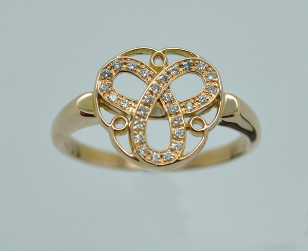 "Ring ""Shiver me timbers"", Rose gold and diamonds"