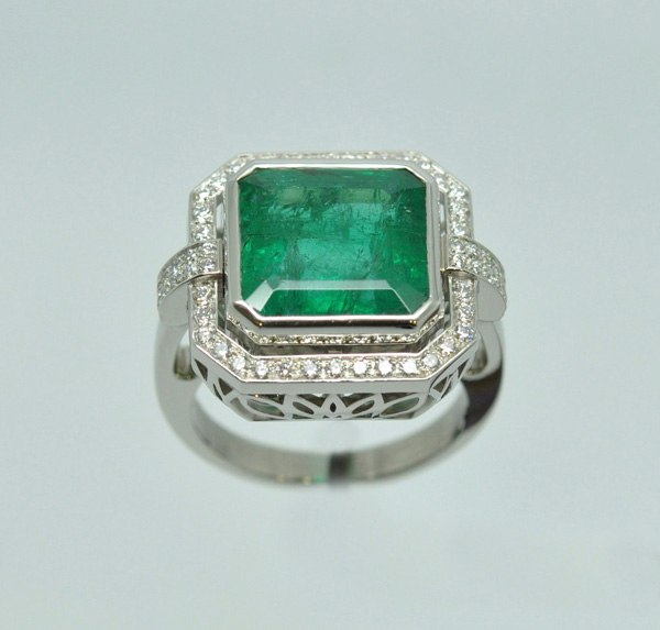 Emerald Rectangle ring with cut-off sides