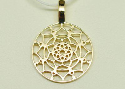 Médaille or jaune, motifs Mauresques