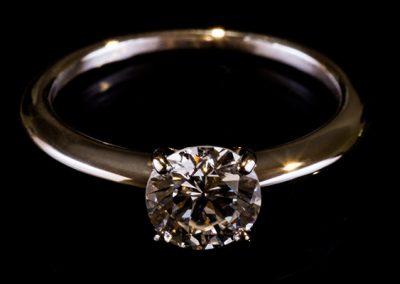 Solitaire « Epure » monture or rose diamant