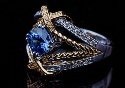 Bague Torsade Saphir Diamant bague bijou diamant En Or Blanc Et Or Jaune